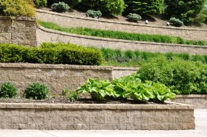 retaining wall trends